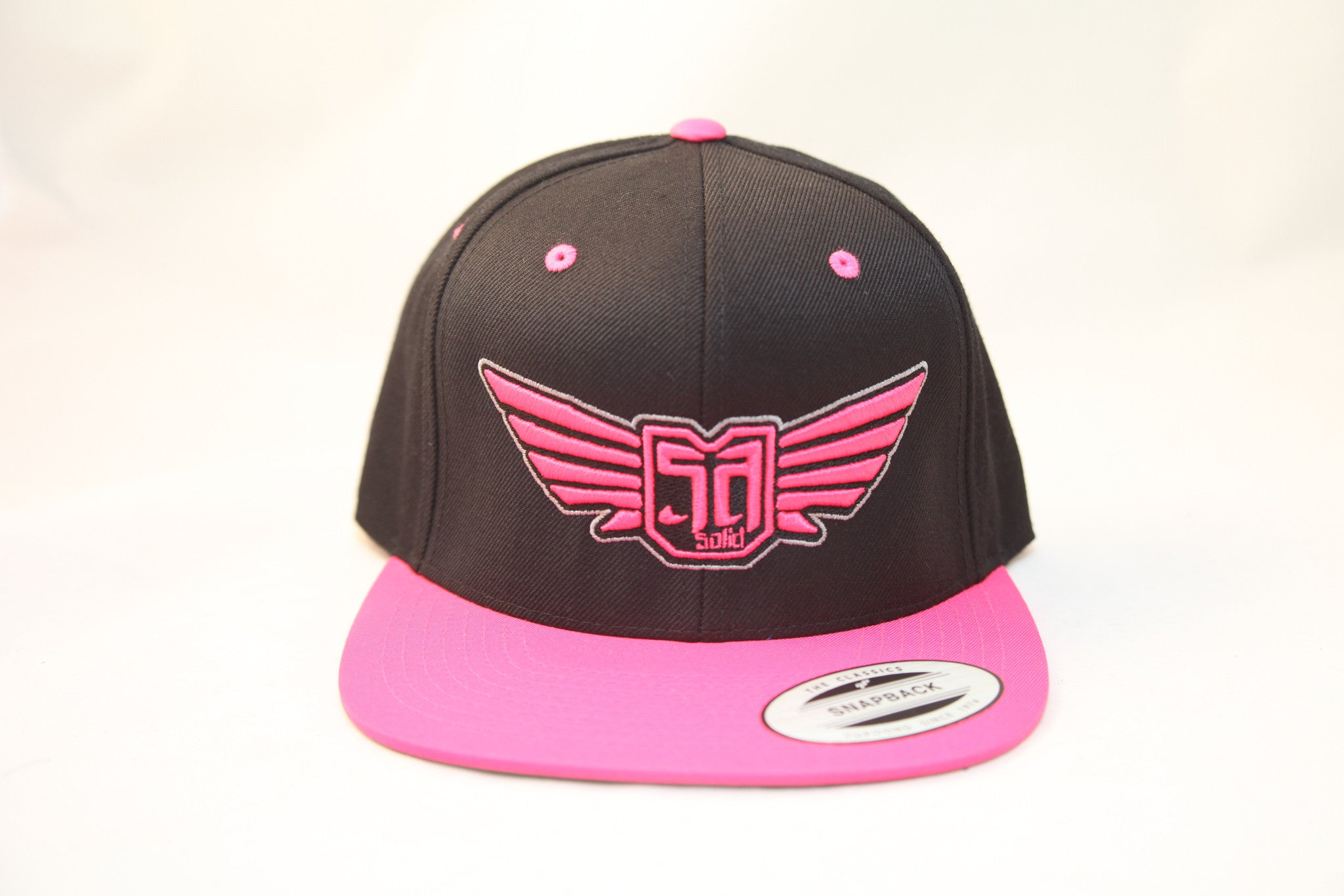 AV8 - FLEXFIT SNAP BACK HAT - BLACK / PINK - PNK BLK SLV LOGO