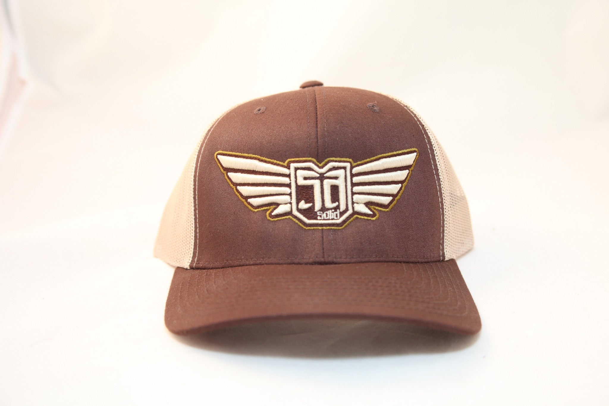 AV8 - MESH BACK - BROWN - WHT / BRN / GLD LOGO