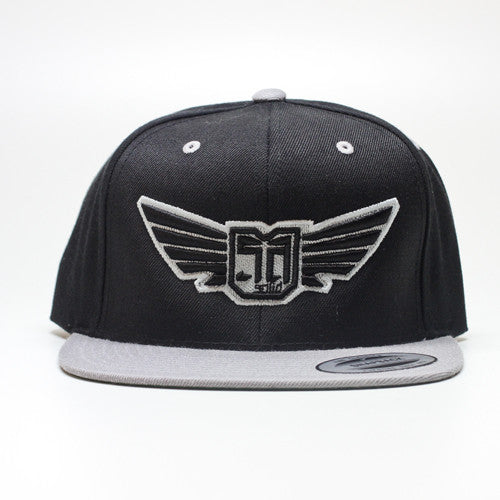 AV8 - SNAP BACK - Silver Grey