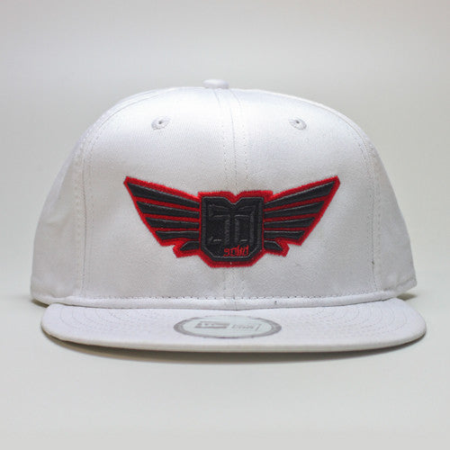 AV8 - SNAP BACK - White / Black & Red
