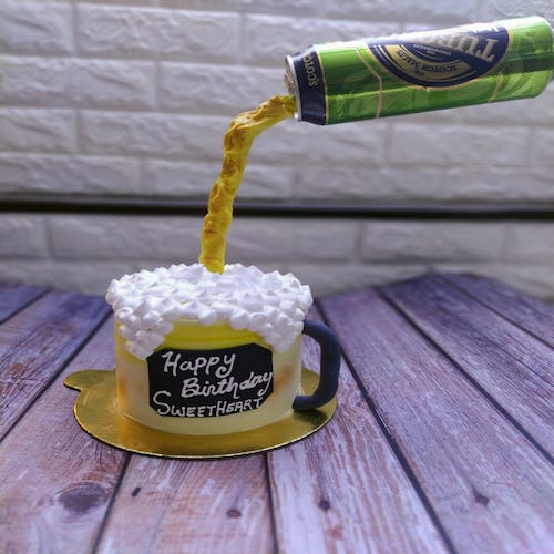 Designer Cake- Beer Lover Gravity defining cake