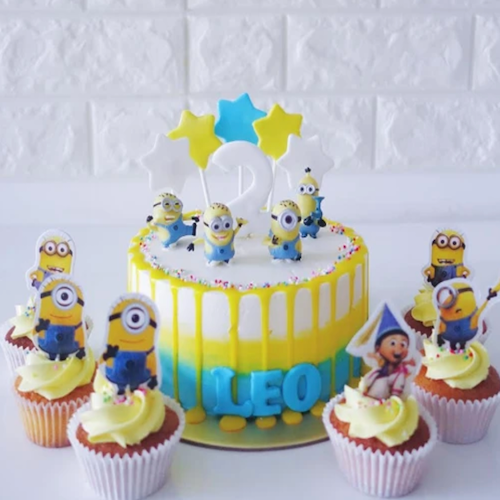 Designer Cake- Minions Party Cake