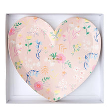 Load image into Gallery viewer, Wildflower Heart Plates