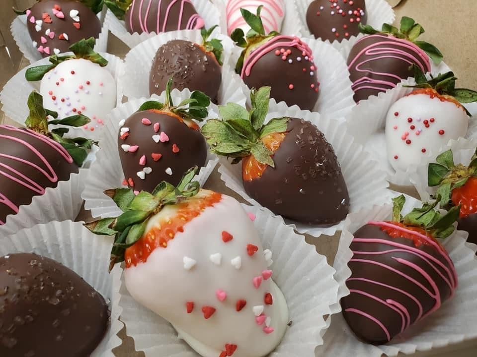 Chocolate Covered Strawberries (half dozen)