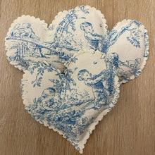 Load image into Gallery viewer, Organic French Lavender Heart Sachet in Toile
