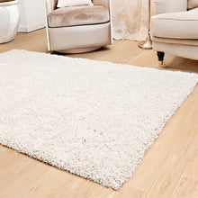 shaggy luxe area rug in colour lightning