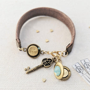 IBIZA LOCKET BRACELET ON CORK (VEGAN)