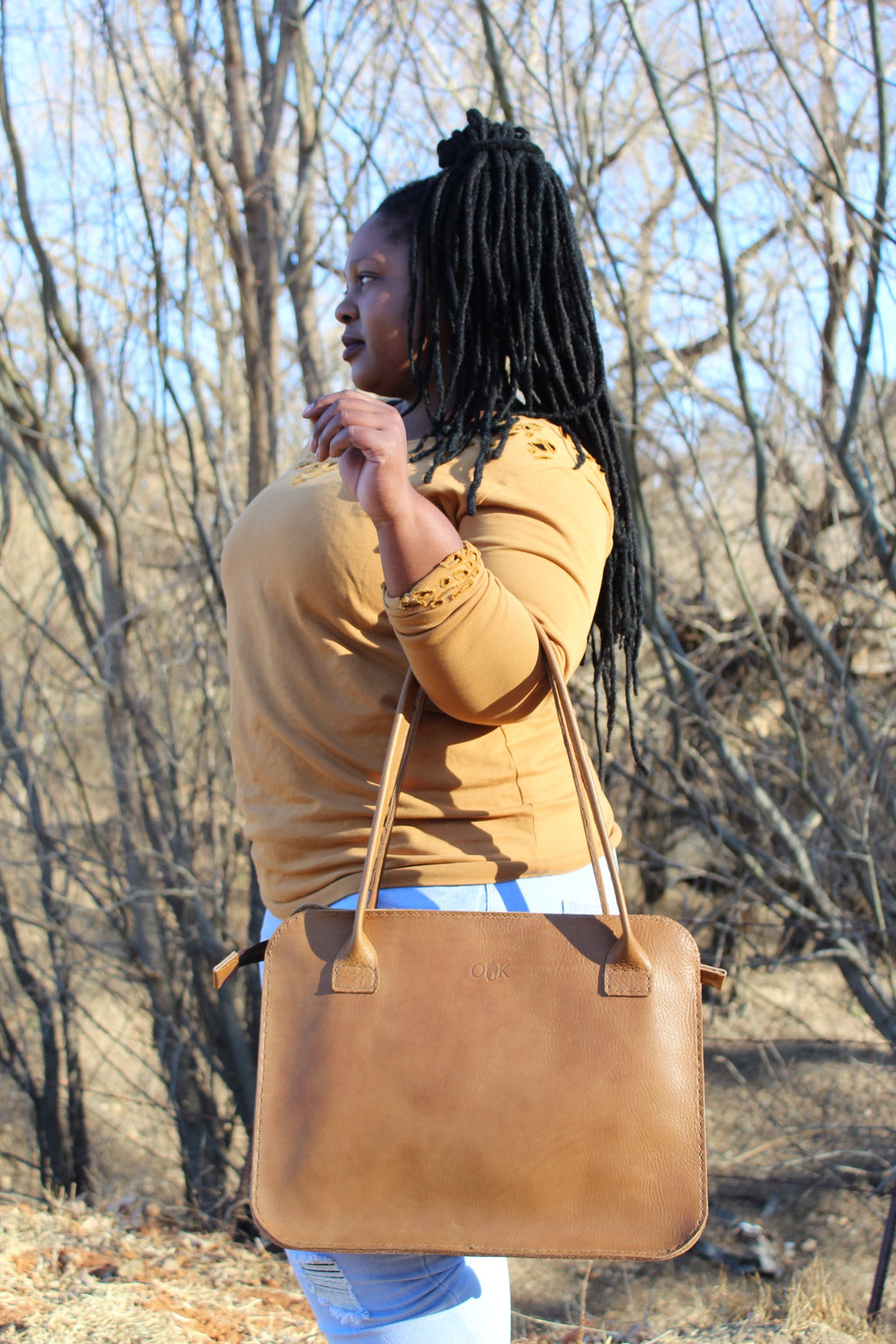 photo of the sandra business bag in tan