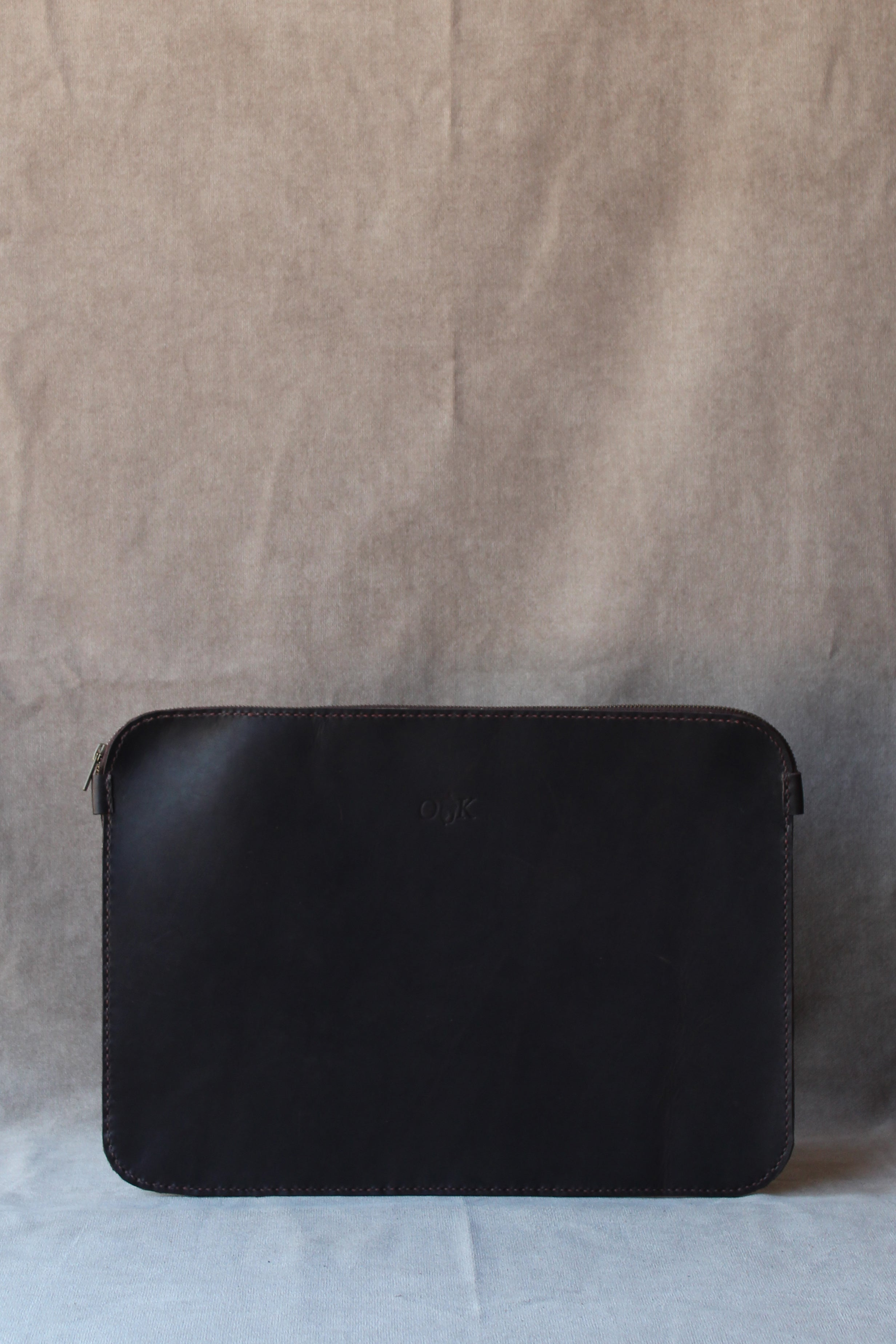 photo of the leather laptop sleeve