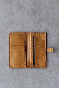 photo of the ladies wallet