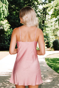 Eyes on you Slip Dress - Pink