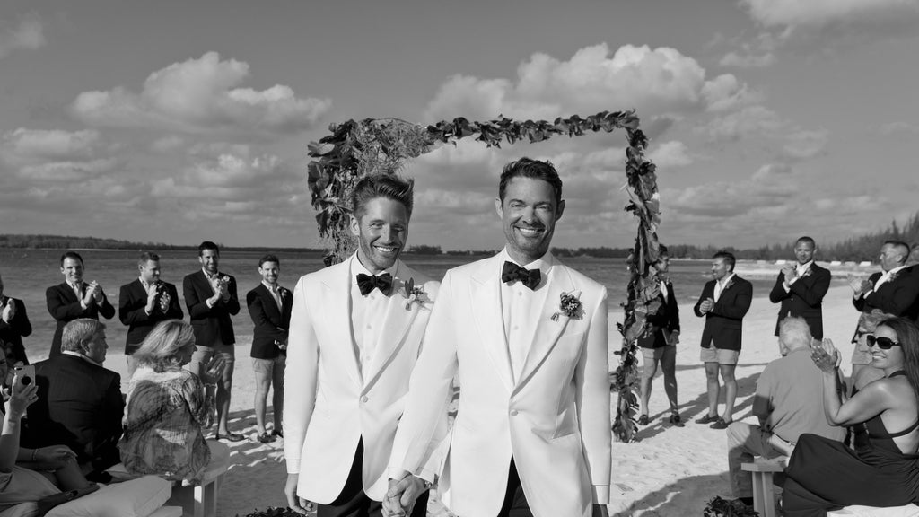 "The Dress Code Was ""Beach Chic"" For This Wedding in Harbour Island"