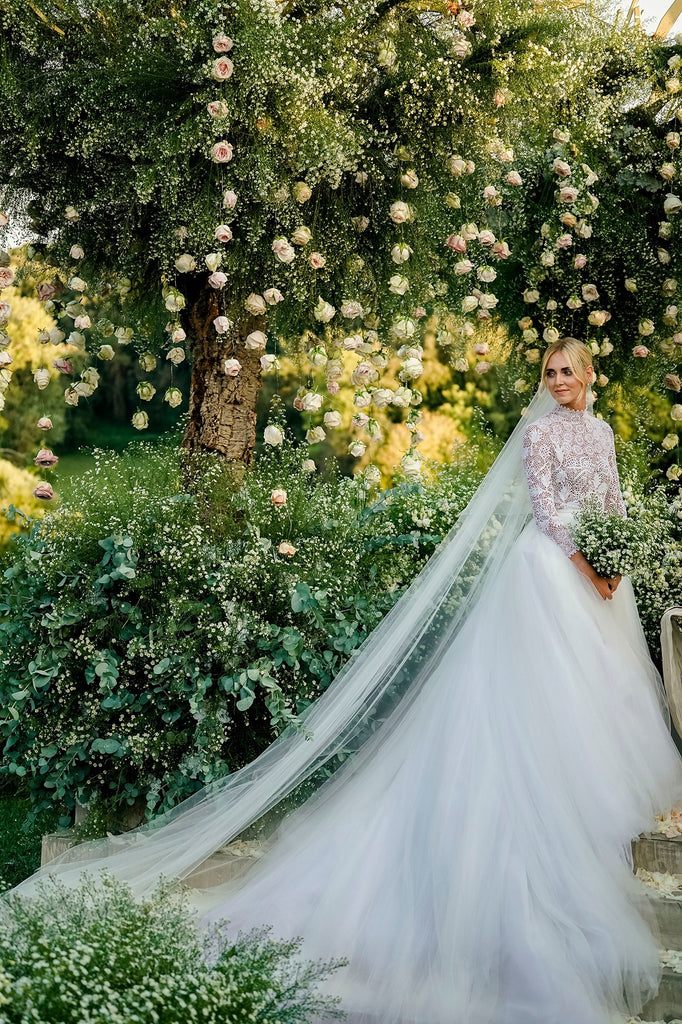 áo cưới meera meera bridal DIOR_CHIARA_FERRAGNI_WEDDING_Photo by David Bastianoni_8