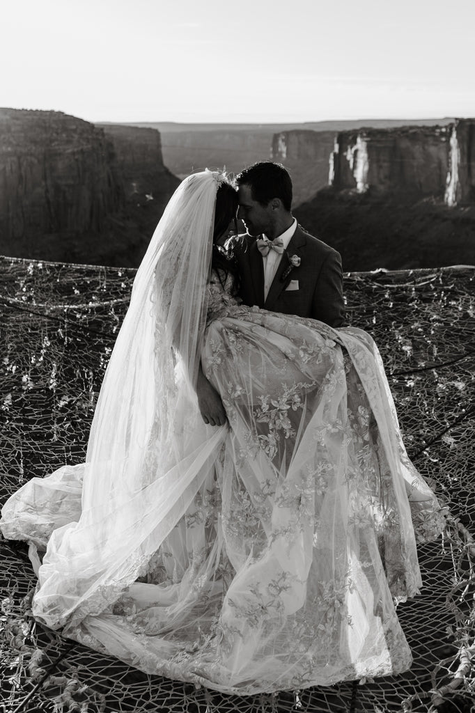 may vay cuoi dep tp hcm sai gon meera meera fashion concept moab-canyon-spacenet-wedding-elopement-photographer-77