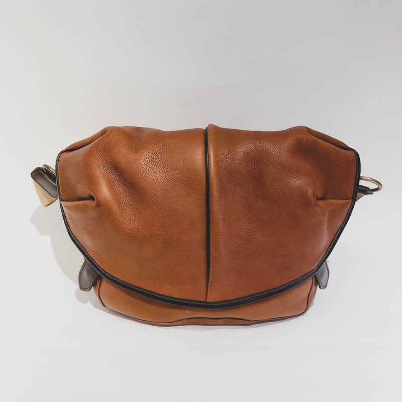 LEATHER SHOULDER CAPSULE MEDIUM