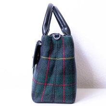 Charger l'image dans la galerie, A tartan handbag from right.