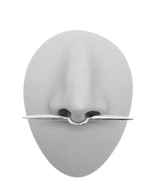 Load image into Gallery viewer, THE SPEAR SEPTUM CUFF