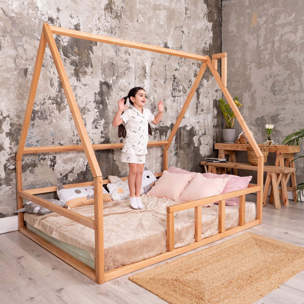 Toddler Floor House Bed