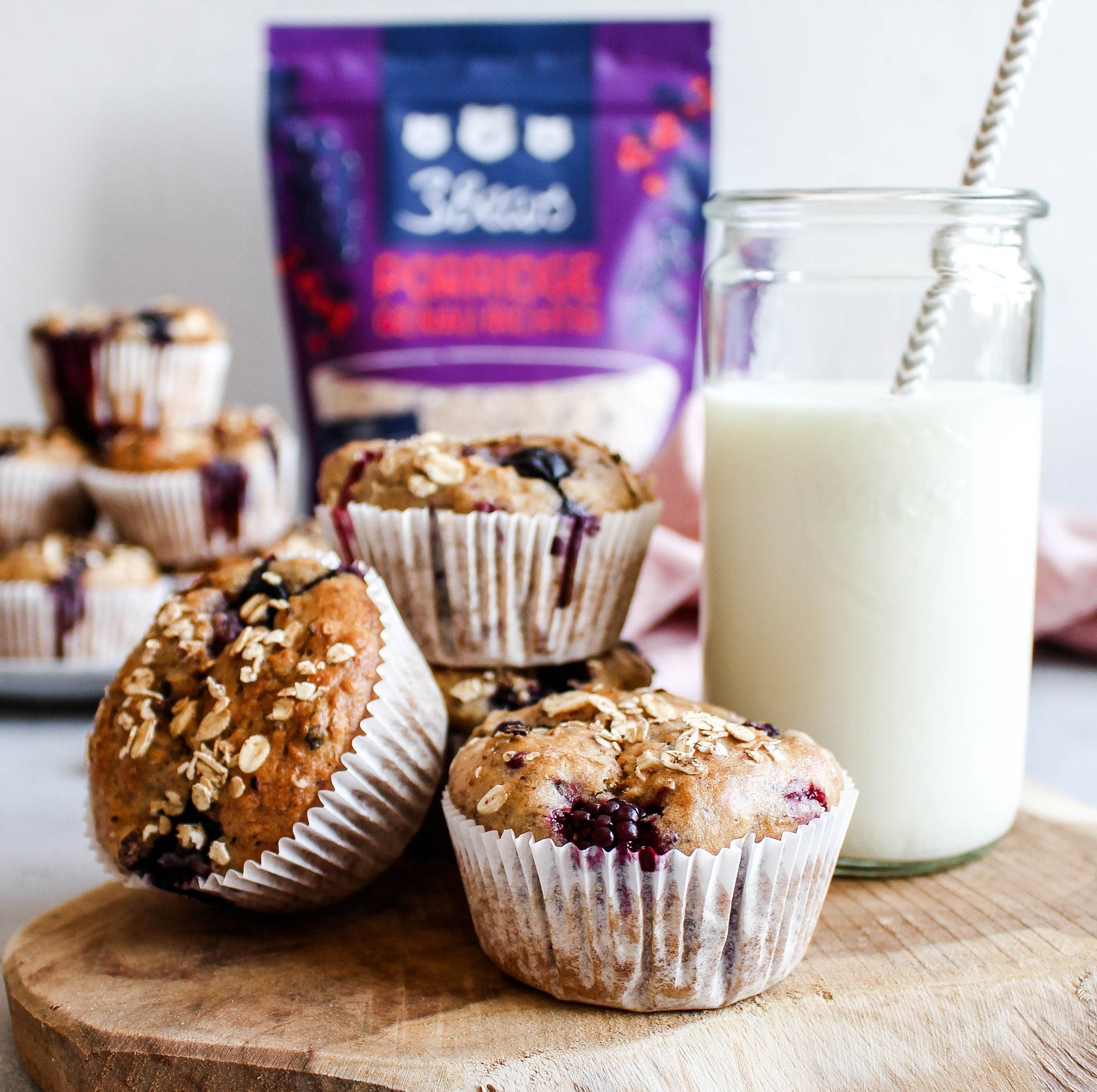Berry banana muffins - a simple recipe for every occasion