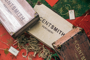 Load image into Gallery viewer, Scentsmith Holiday Trunk