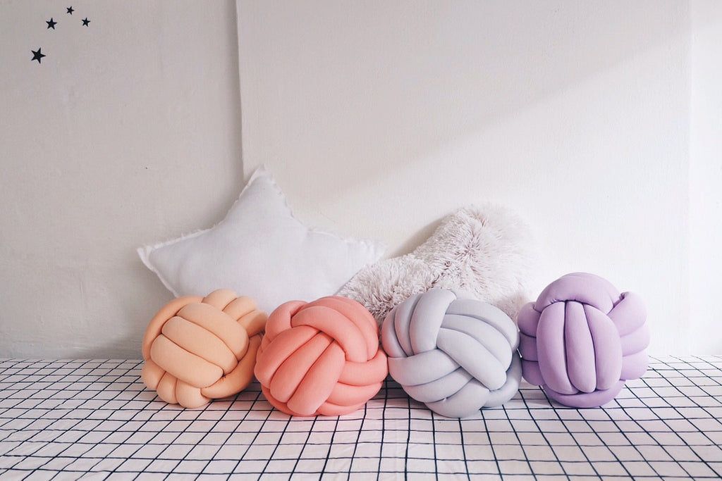 Knot Cushion - Oh Happy Fry - we ship worldwide