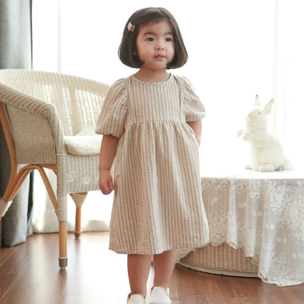 Loana Puff Sleeves Dress - Oh Happy Fry - we ship worldwide