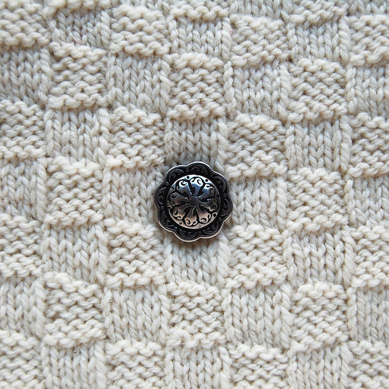 Jul Small Floral Pedestal Button