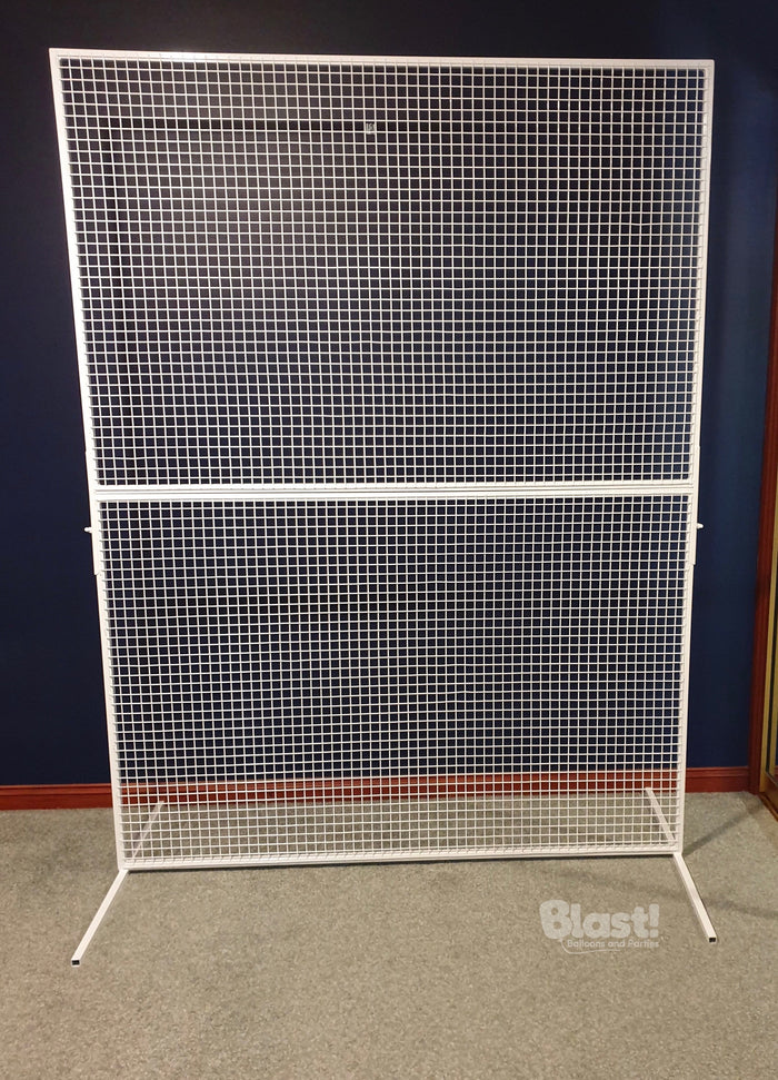 WHITE MESH BACKDROP SCREEN
