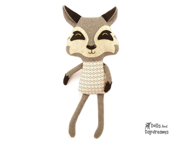 Wolf Sewing Pattern - Dolls And Daydreams - 1