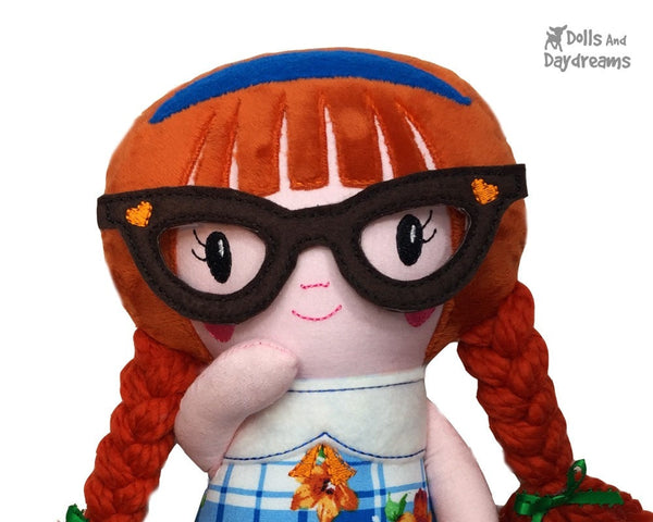 ITH Schoolgirl Doll Pattern - Dolls And Daydreams - 6