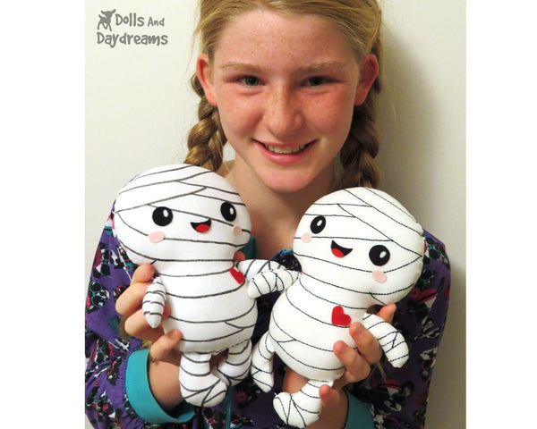 Mummy Sewing Pattern - Dolls And Daydreams - 4