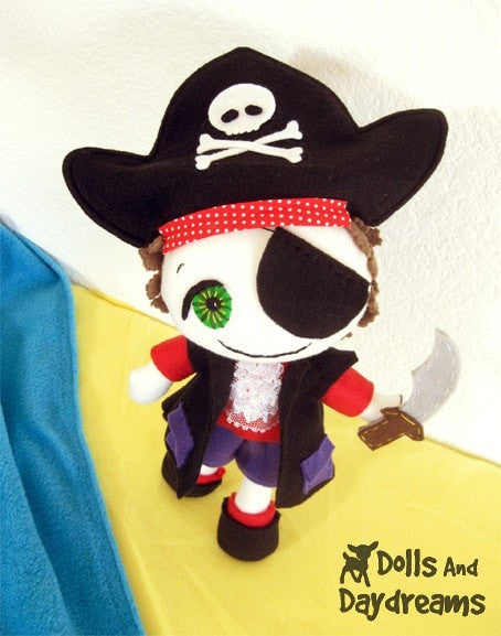 Freddy the Pirate Sewing Pattern - Dolls And Daydreams - 4