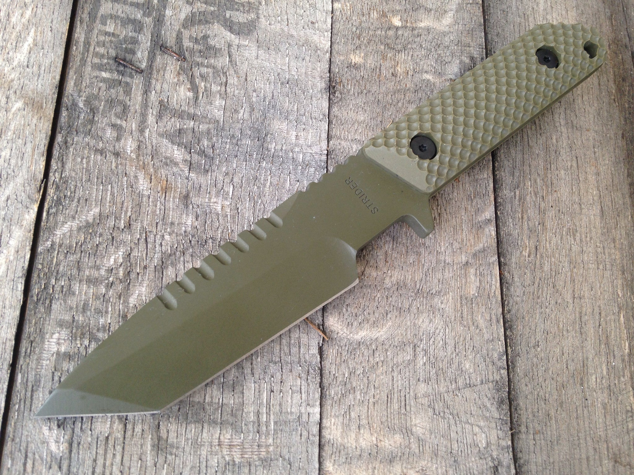 Strider HT-T Gunner Grip (Cerakote Coat Green) - GearBarrel.com