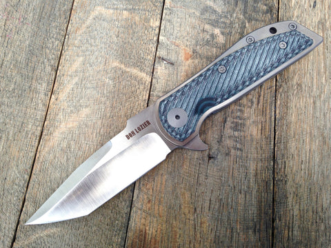 Don Lozier's Hardcohr Rogue (Tanto Satin)