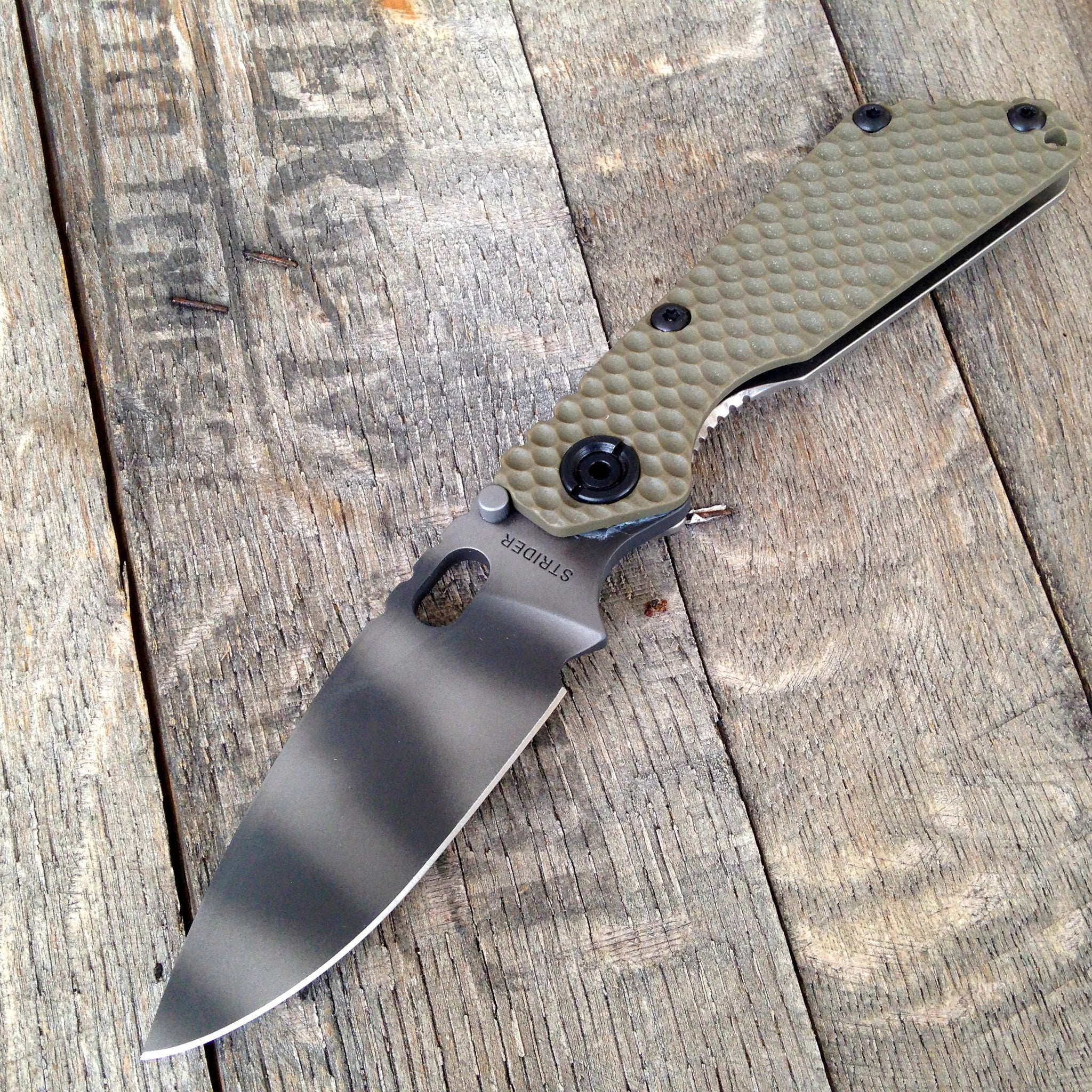 Strider SnG Gunner Grip Green Flat Grind Tigerstripped S30V - GearBarrel.com