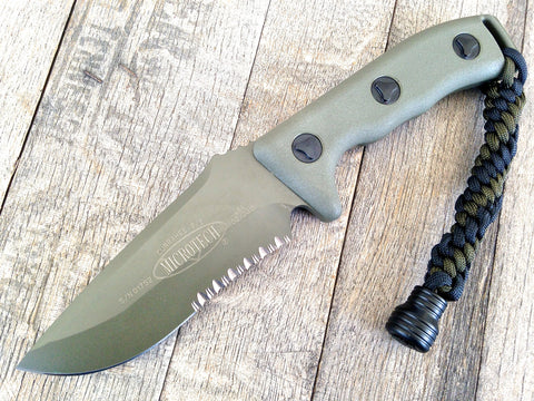 "Microtech Currahee Drop Point Knife Fixed Blade (4.5"" OD Green Serr) 102-2GR"