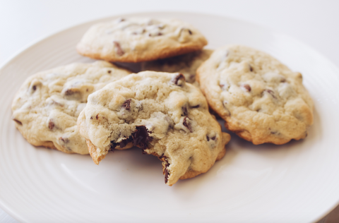The World's Most Amazingly Delicious Chocolate Chip Cookies