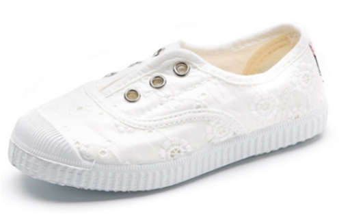 Cienta 70998 White Embroidered Canvas Laceless Sneaker