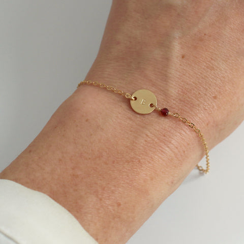Gold Birthstone bracelet - January - Garnet