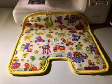 Load image into Gallery viewer, car seat protector, car seat pad, waterproof pad, accident pad, potty training pad, potty training, toilet training, pee pad, wee pad