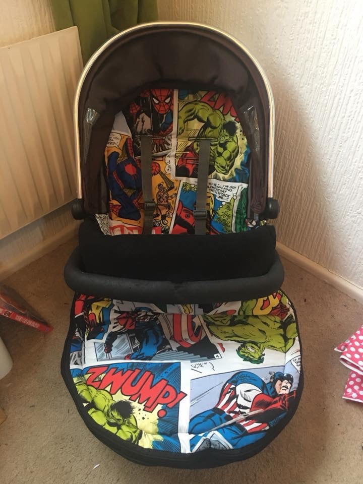 Premade footmuff comic marvel w/black fleece