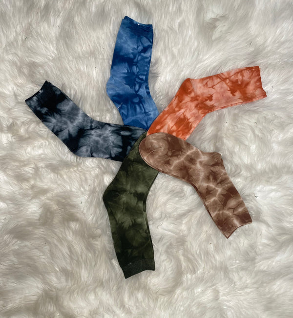FALL TIE DYE SOCKS