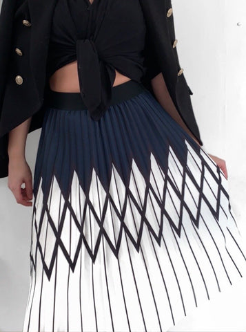 Victoria Navy White Pleated Skirt