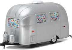 1/24 Scale Hitch and Tow Series 1 Airstream 16' Bambi 1/24 Scale Diecast Model by Greenlight