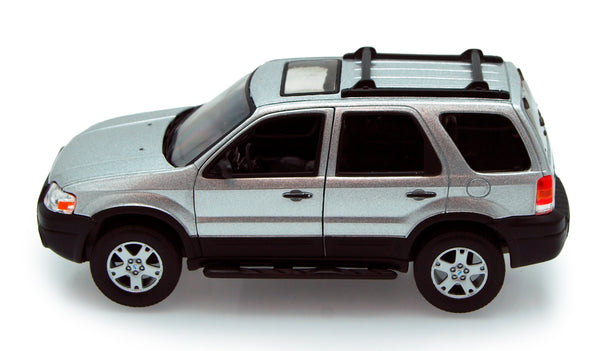 Welly Silver 2005 Ford Escape XLT Sport 1/24 Scale Diecast Model