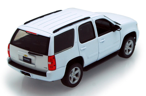 White 2008 Chevy Tahoe 1/24th Scale Diecast Model