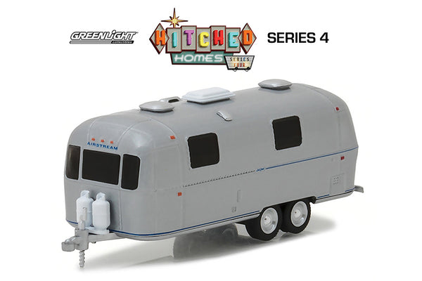 1971 Airstream Land Yacht Safari 1/64 Scale Diecast Model