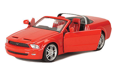 2005 Ford Mustang GT Concept Convertible 1/24 Scale Diecast Model