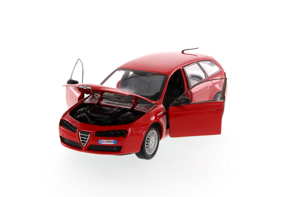 Red Alfa Romero 159SW Wagon 1/24 Scale Diecast Model by Motormax