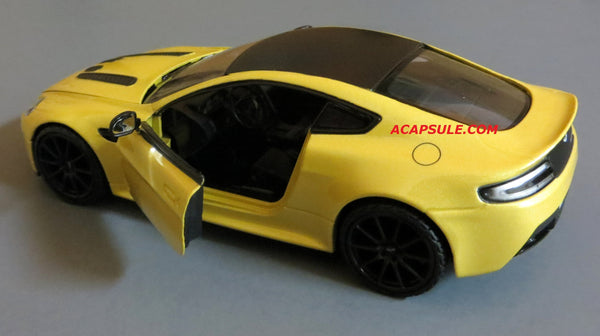 Yellow Aston Martin V12 Vantage S 1/24 Scale Diecast Model by Motormax